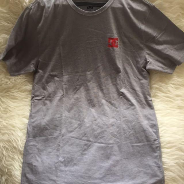 Authentic DC Classic T-Shirt / Kaos Size L