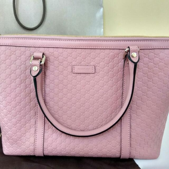 05422c1fe95 Authentic Candy pink Gucci Signature Leather Tote