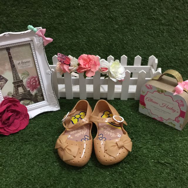 Cute Shoes With Bow