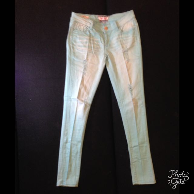 Distressed Jeans Womens Pants Size 27