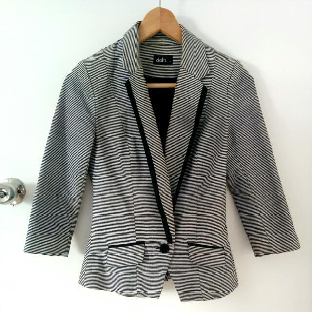 Dotti Striped Blazer Size 6