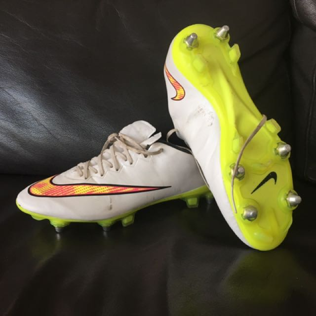 FIRST GRADE ACC NIKE FOOTBALL BOOTS