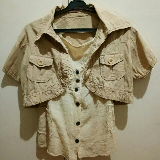 Flowy beige blouse with bolero