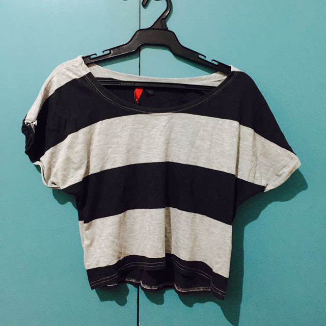H&M gray and black striped crop top