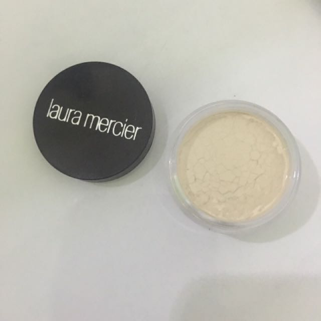 LAURA MERCIER TRANSLUCENT POWDER DELUXE SIZE