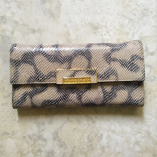 Louie Catton Women Wallet