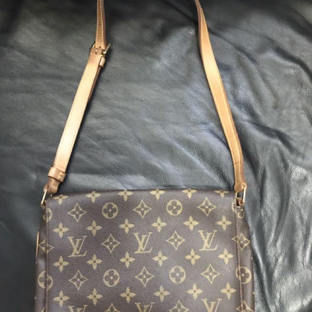 0a749a121 Louis Vuitton LV Monogram Musette Tango Shoulder Bag, Luxury, Bags ...