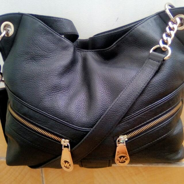 91d5f8a4558ac4 MK Shoulder Sling Bag, Women's Fashion, Bags & Wallets on Carousell
