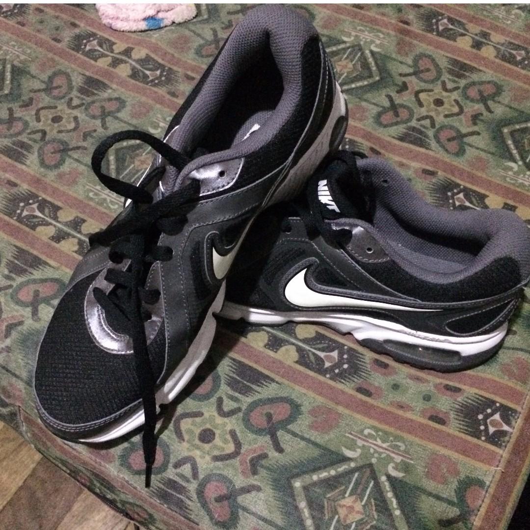 Nike air Dictate 2