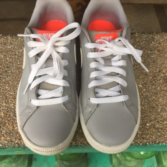 Nike Shoes (grey)