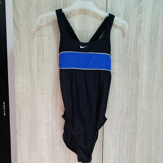 Nike Swimsuit One Piece Size 12