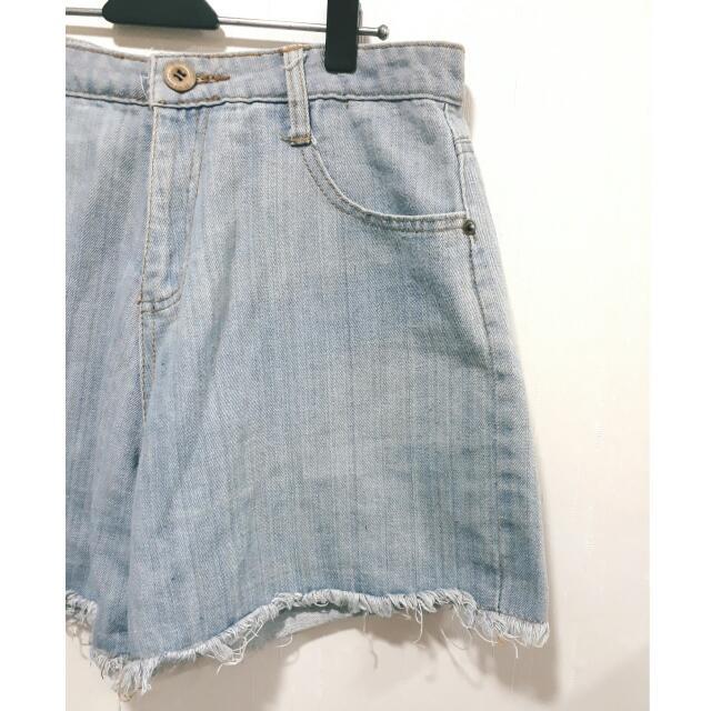 復古oversize抽鬚可反折牛仔單寧短褲