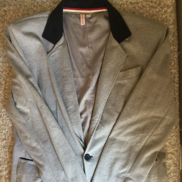 Penshoppe School Boy Blazer in Gray