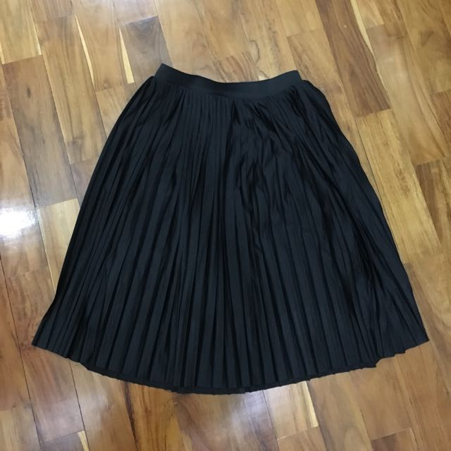 Rok Lipit (pleated Skirt)
