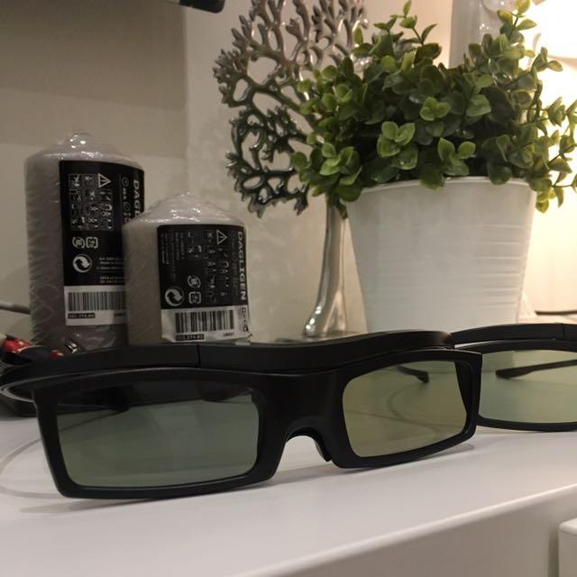 Samsung 3D glasses 2 pieces