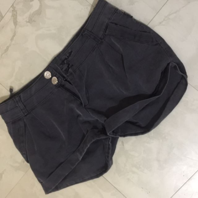 Shorts With Flaw