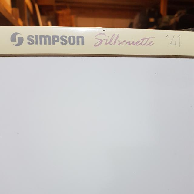 Simpson Silhoutte Fridge 140L