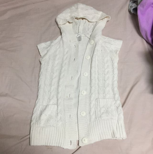 Sleeveless Knit Jacket
