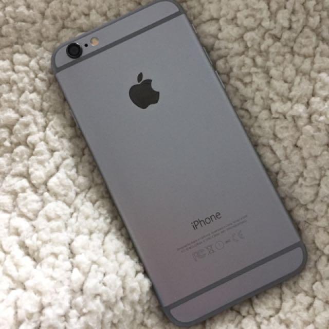 Unlocked grey iPhone 6