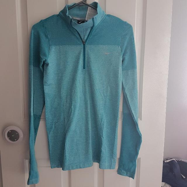 Womens Nike Running Pullover Size Small
