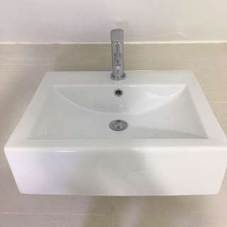 High Quality Saniton Basin And Water Tap