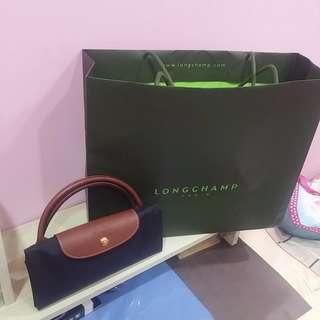 🚚 (單售價) 全新歐洲帶回 Longchamp短柄托特包 寬59公分 現貨紫色