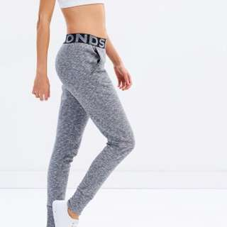 Bonds Trackies