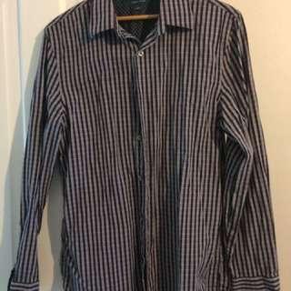 Perry Ellis Slim Fit Dress Shirt (medium)