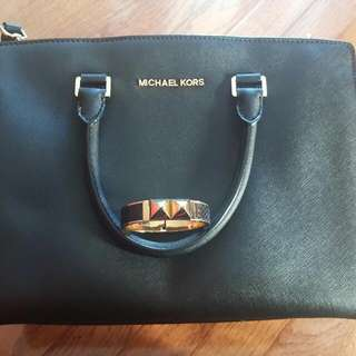 Beautiful Michael Kors Black Purse (plus Cuff)