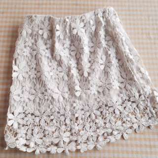 Lace skirt - Size 10