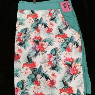 Tropical skirt - Size 10-12