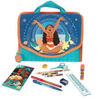 Disney Moana Stationary Zip Kit