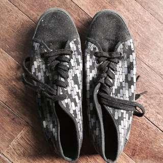 Authentic Gola Shoes Size 9