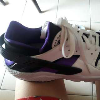 Repriced Authentic Nike Huarache