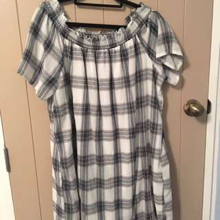 Off The Shoulder Dress ( Size 12)