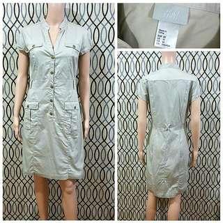 H&M Super Light Khaki Dress