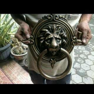 Door Knocker / Ketukan Pintu Kuningan - Brass Antik Motif Singa Gerbang