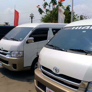 Van For rent (Any Point In Luzon)