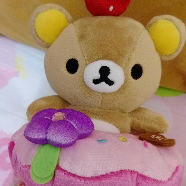 2009 草莓蛋糕 手機座 精緻造型 蛋糕跟熊可分離 Rilakkuma 拉拉熊 懶懶熊 輕鬆熊 鬆弛熊 啦啦熊