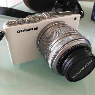 Olympus Pet Lite EP3