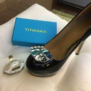 全新有盒 Titikaka 水晶裝飾鞋夾 😍