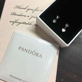 pandora earring heart shape