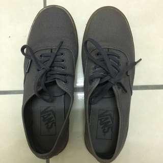 Vans Women Shoe (Dark Grey)