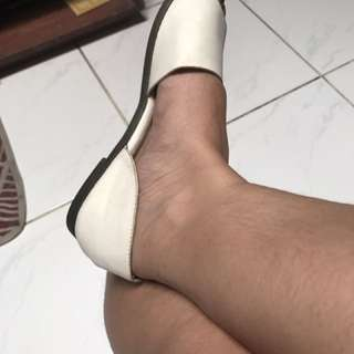 Flats For Casual Wear