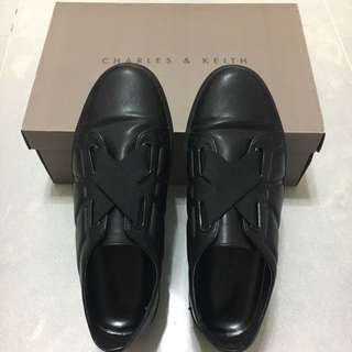 Charles & Keith 女裝休閒鞋