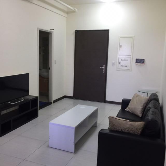 新悅城全新家電家具。兩房出租另有大車位