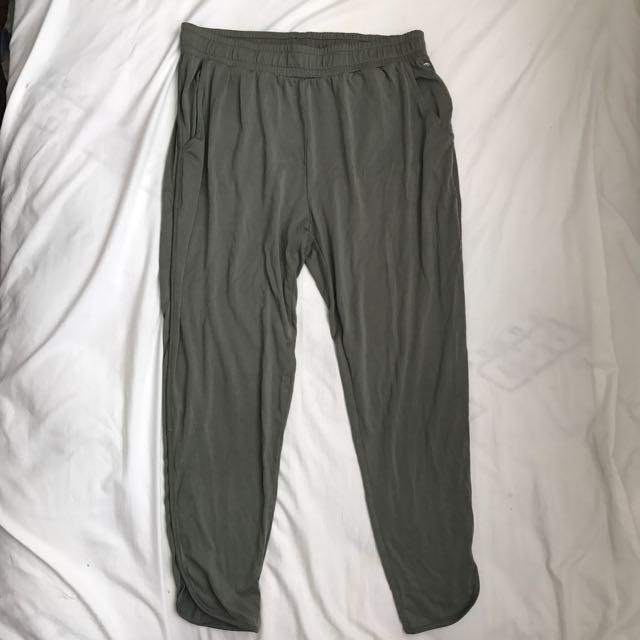 American Eagle Loose Green Pants
