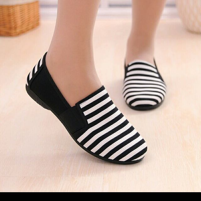 Black And White Strip Flats