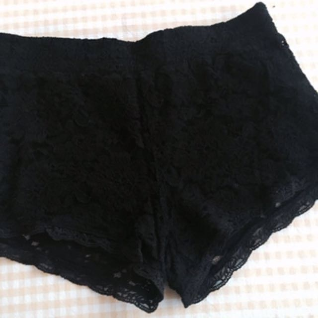 Black Lace Short - Size 8