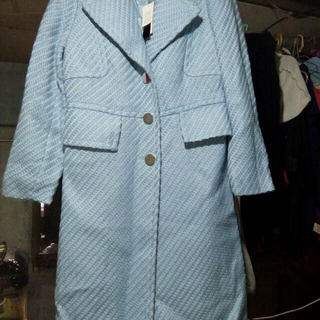 blue coat made of luxury yarn brand new with tag..size 6 small...padala from us..